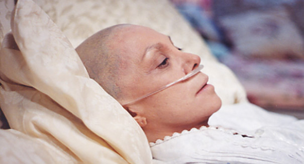 Risk of death more than doubles with alternative cancer therapies