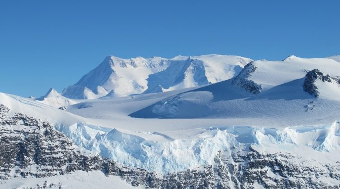 Antarctic snowfall increased over the last two centuries