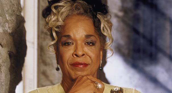 Famed singer, actress Della Reese has died
