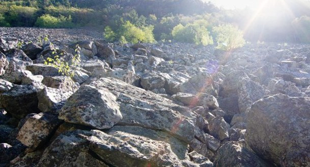 Giant hot rock discovered underneath Veromont