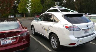Congress begins discussions on regulating self-driving cars