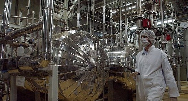 Iran step-up its nuclear program builds new centrifuge factory