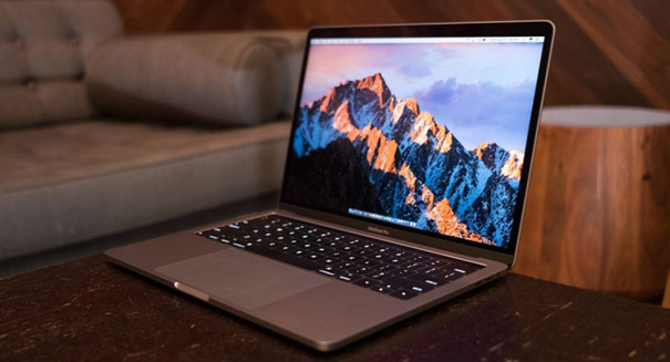 Mac OS 10.14 leak suggests dark mode in Apple News app