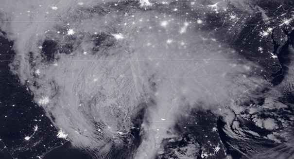 NOAA satellite captures images of east coast snowstorm