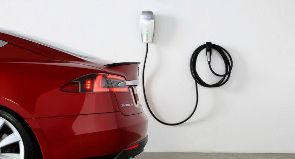 Tesla opens