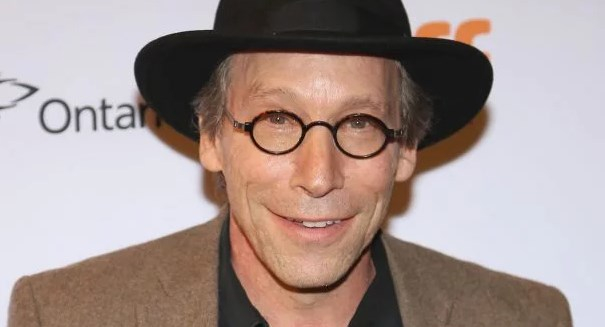 University reports that celebrity astrophysicist Lawrence Krauss grabbed breast