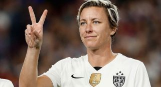 Abby Wambach bids farewell in final game with USWNT