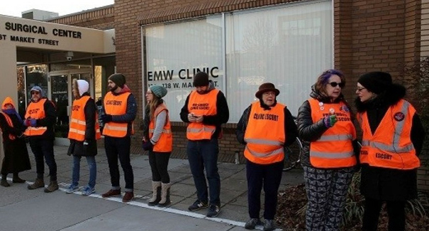 Last abortion clinic in Kentucky fighting to keep doors open