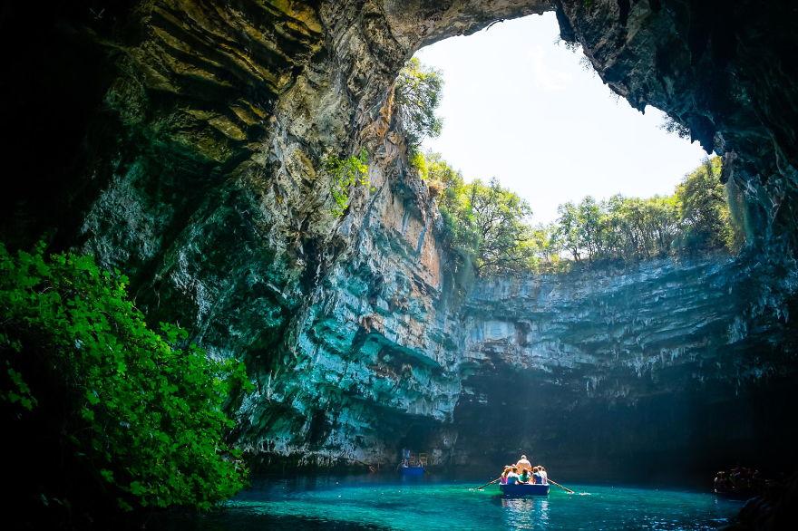 Top 10 Underground International Caves