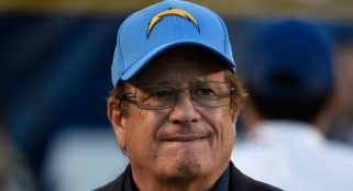 Mayor of San Diego bids farewell to Chargers