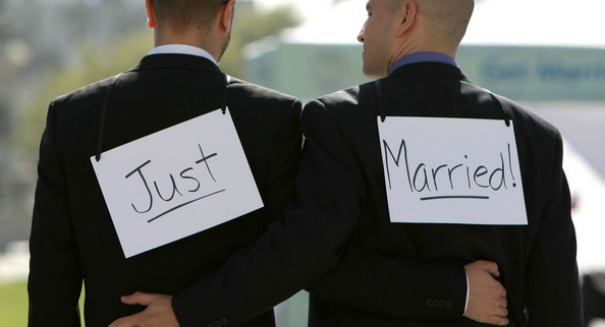 Texas Supreme Court denies spousal benefits to same-sex couples