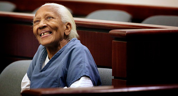 Octagenarian jewel thief Doris Payne arrested at Walmart