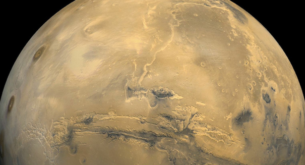 Recurring streaks on Mars not flowing water, new study says