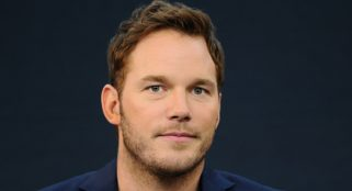 Chris Pratt gives thanks to family at Hollywood Walk of Fame