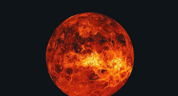 Astronomers capture detailed image of red giant star