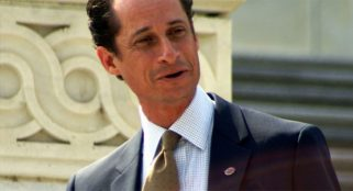 Human Abedin asks judge for leniency in former Rep. Weiner's sexting case